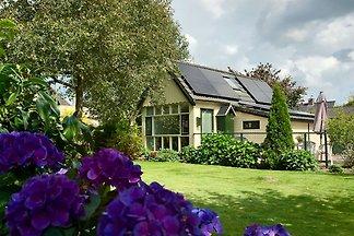 Gemütliches Ferienhaus in Noordwolde mit...