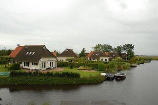 Landhaus mit Terrasse an den Langweerder...