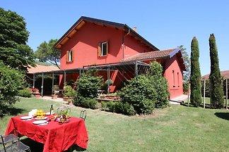 Friedlicher Bauernhof in Rom mit Pool