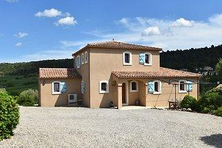 Großartige Villa in Montbrun-des-Corbières mi...