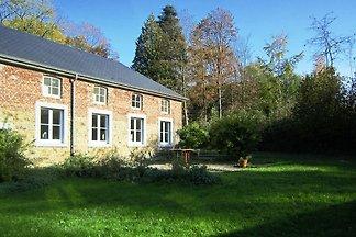Stilvolles Cottage in Fays mit eigenem Garten