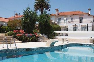 Landhaus in Aldeia Galega, Lissabon mit eigen...