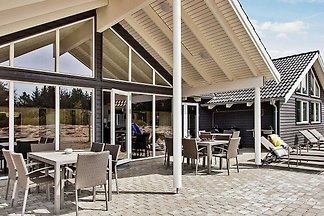 Traumhaftes Ferienhaus in Blåvand mit Sauna