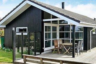 Charmantes Ferienhaus in Otterup mit See in...