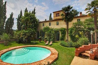 Vintage-Villa in Sinalunga mit Swimmingpool