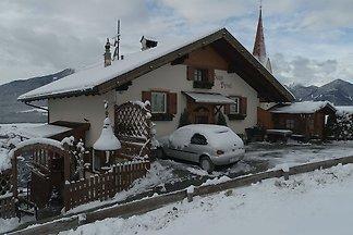 Modernes Chalet in Brixen mit Balkon