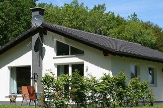 Freistehendes Ferienhaus mit Geschirrspüler, ...