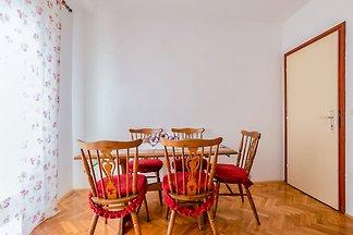 Malerische Wohnung in Pakoštane in der Nähe v...
