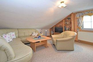 Schöne Wohnung mit Terrasse, Garten, Grill un...