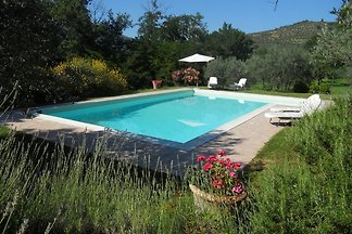 Gemütliches Ferienhaus in Poggiolo mit...