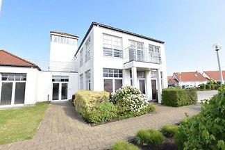 Modernes Apartment am Meeresstrand in De Haan