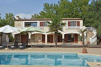 Traumhafte Villa in Saint-Paul-en-Forêt mit...