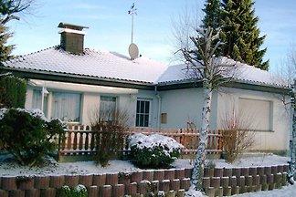 Große Wohnung am Diemelsee mit Feuerstelle un...