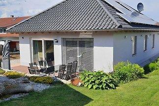 Ruhiges Ferienhaus mit eigener Terrasse in...