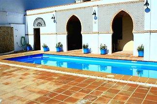 Idyllisches Ferienhaus in Antequera mit priva...