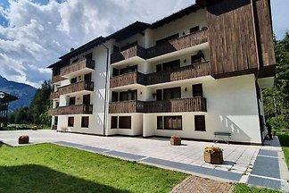 Schöne Wohnung in Canazei mit Balkon