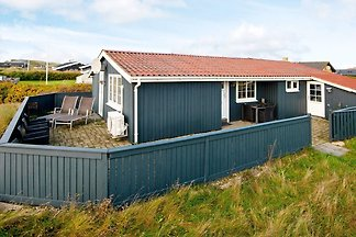 Modernes Ferienhaus in Søndervig mit Terrasse
