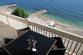 Moderne Ferienwohnung mit Whirlpool in...