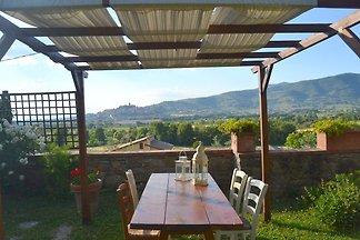 Exotisches Ferienhaus in Poggiolo umgeben von...