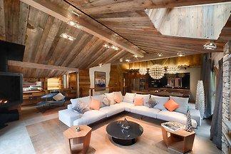 Luxus-Chalet mit Pool und Whirlpool, im Herze...
