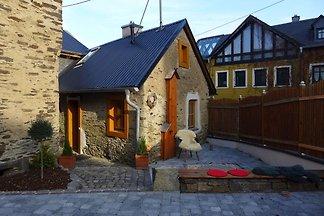 Gemütliches Ferienhaus mit Sauna in Roes,...
