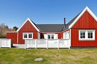 Gemütliches Ferienhaus in Vejby mit Sauna