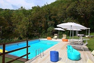 Gemütliche Villa mit Swimmingpool in Fabriano...