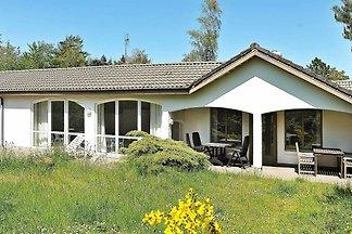 Gemütliches Ferienhaus in Henne mit...