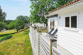 6 Personen Ferienhaus in Höviksnäs