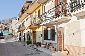 Classy Holiday Home in Aielli with panoramic...