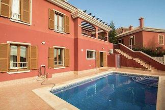 Modernes Ferienhaus mit privatem Pool nur 10 ...