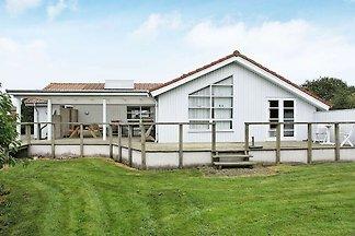 Gemütliches Ferienhaus in Roslev mit überdach...