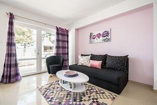 Ruhiges Appartement am Meer in Kaštel...