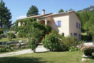 Ruhiges Ferienhaus in Marignac-en-Diois mit...