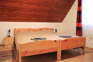 Grazioso appartamento vicino al bosco a Bohin...