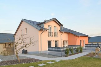 Ruhiges Ferienhaus in Ellscheid nahe vulkanis...