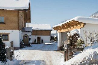 Gemütliches Ferienhaus in Piesendorf in...