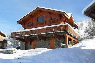 Hübsches Chalet in Les Deux-Alpes in der Nähe...