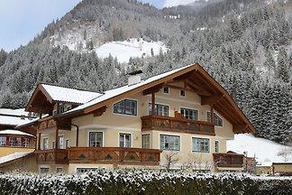 Wunderschönes Ferienhaus mit Sauna in Großarl