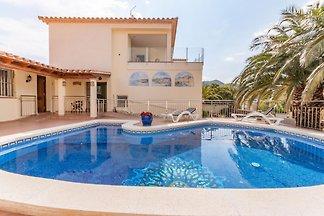 Moderne Villa in Roses mit privatem Pool