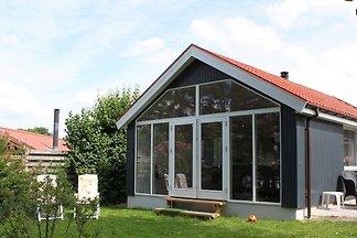 Idyllisches Ferienhaus in Meeresnähe in...