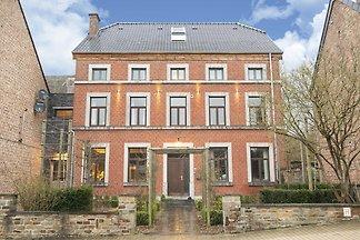 Elegante Wohnung in Houyet mit Terrasse