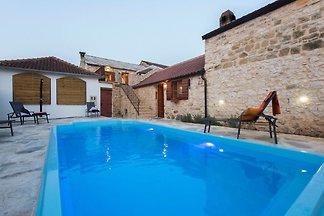 Ferienhaus auf dem Land in Šopot mit privatem...
