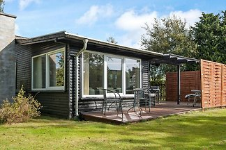 Modernes Ferienhaus in Børkop mit Terrasse