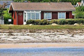 Modernes Ferienhaus in Bjert in Strandnähe