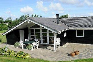 Modernes Ferienhaus mit Whirlpool in Hemmet