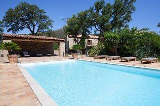Ruhiges Ferienhaus in Feliceto mit privatem...
