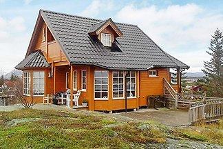 4 Sterne Ferienhaus in Austbø