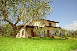 Lussuosa villa in Umbria con vasca...
