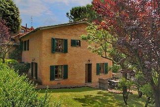 Gemütliches Ferienhaus mit Pool in Siena...